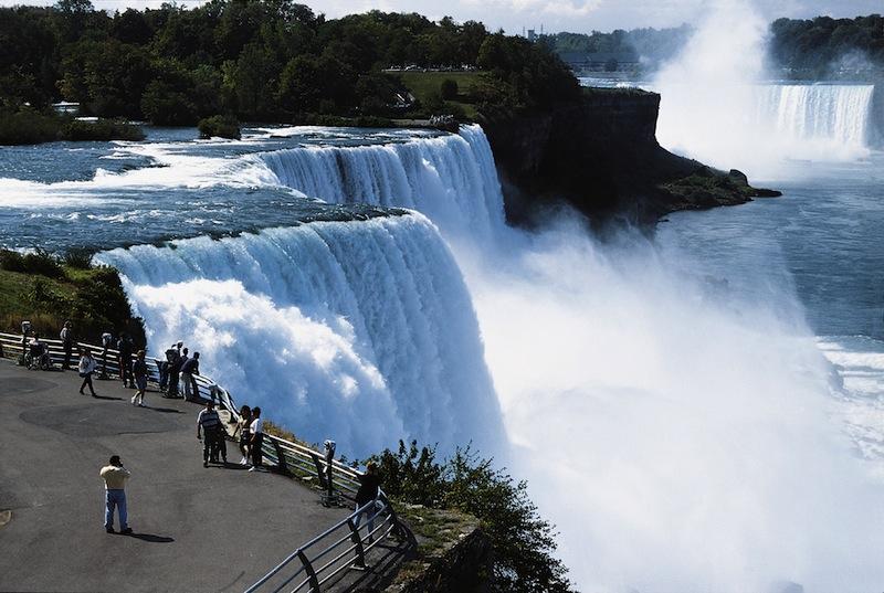 incontri Niagara Falls Ontario incontri Chitarre Santa Cruz